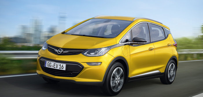 """Weltenbürger: Aus dem US-Elektro-Chevi """"Bolt"""" wird in Deutschland ein echter Opel. Der ambitionierte Ampera-e löst den glücklosen Hybrid-Ampera ab."""