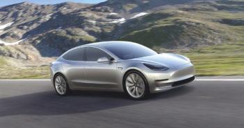Tesla drückt aufs Tempo